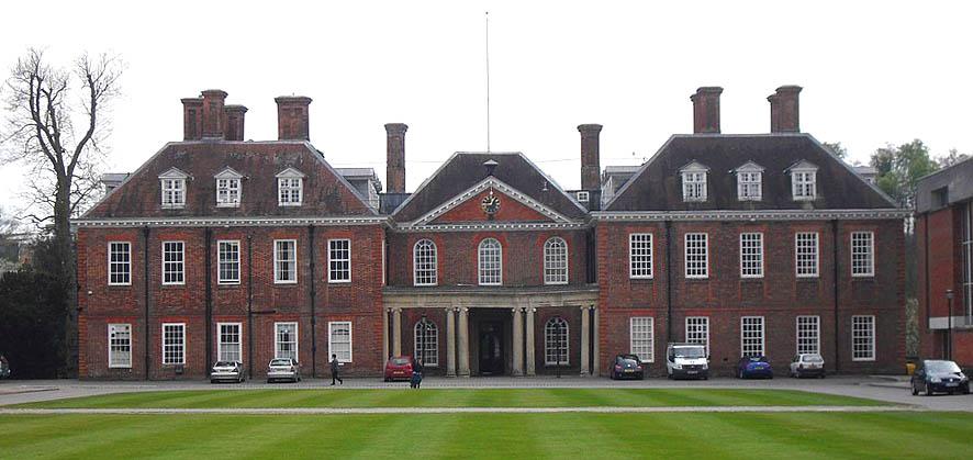 Marlborough_College_Court_5