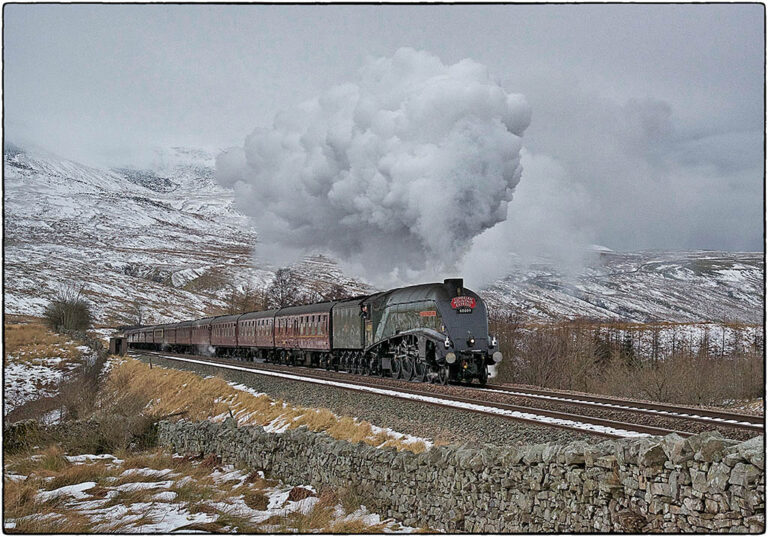 """Christmas card showing A4 No. 60009 """"Union of South Africa"""" at Ais Gill"""